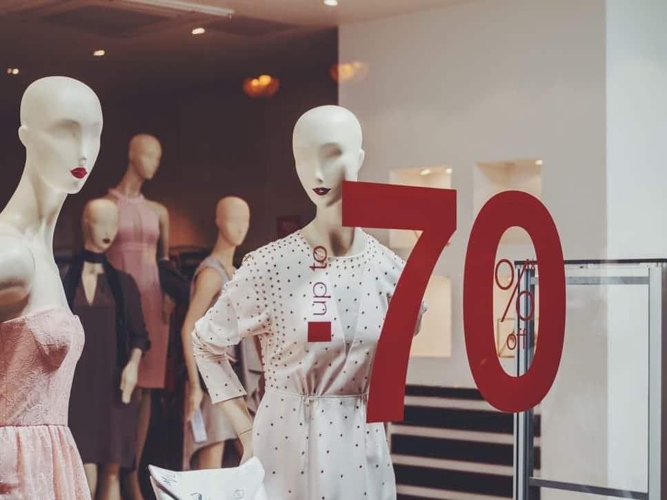 Entretien - quels sont les points d'usure de votre magasin ? - vitrine, mannequins - logiciel de maintenance GMAO